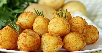 Bulvių kroketai su sūriu
