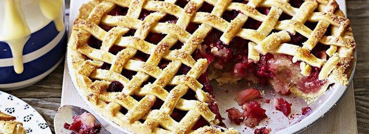 Obuolių ir aviečių pyragas