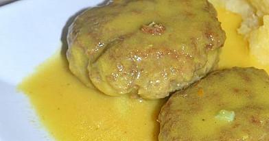 Mėsos kukuliai medaus ir garstyčių padaže