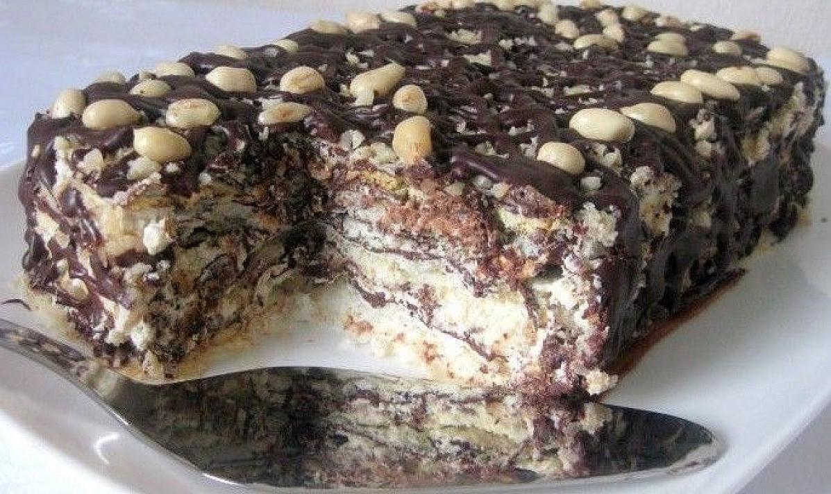 Morenginis tortas su žemės riešutais   Receptas