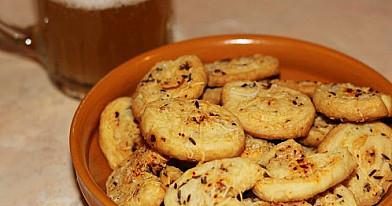 Pikantiški sausainiai prie alaus
