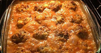 Sultingi mėsos kukuliai pomidorų padaže