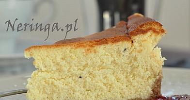 Varškės pyragas su baltu šokoladu