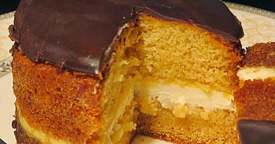 Biskvitiniai medaus pyragėliai