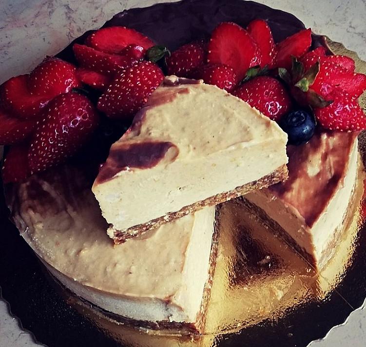Bananų ir žemės riešutų sviesto tortukas (patiks net tiems, kurie nemėgsta riešutų sviesto)