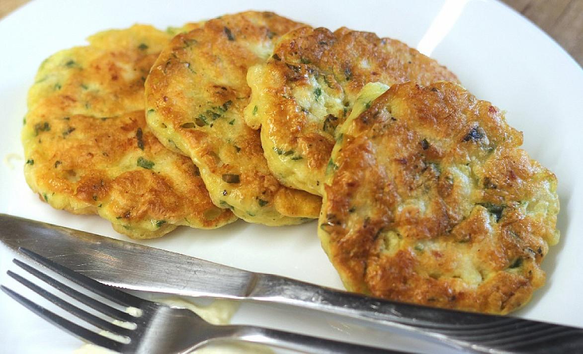 Vištienos krūtinėlės blynai - puikiai tinkantys vakarienei, su malonumu skanaus net vaikai