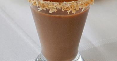Karštas šokoladas su migdolų pienu