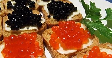Užkandis: Canape's su ikrais