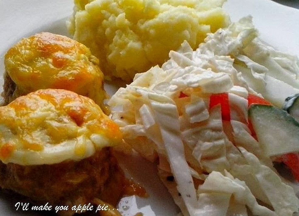 Vištienos kukuliukai su sūriu kepti orkaitėje