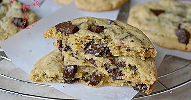 Lengvai ir greitai paruošiami amerikietiški sausainiai su šokolado gabalėliais