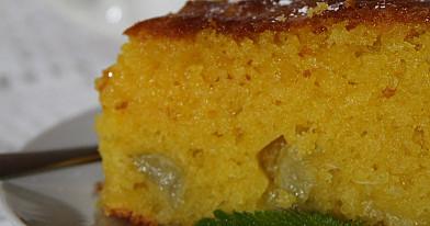 Greitai pagaminamas rabarbarų pyragas