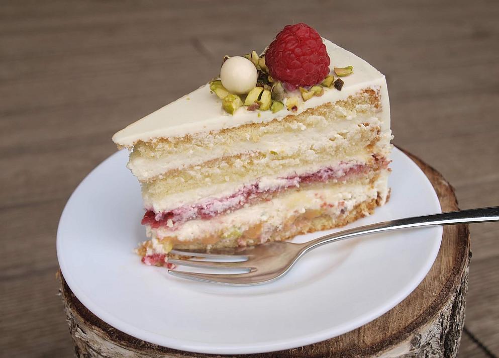 """Tortas su avietėmis ir pistacijomis - pagerintas """"Vaidos"""" tortas!"""