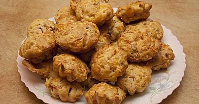 Sūrio pyragėliai su kumpiu - gimtadieniams ar kitoms šventėms!
