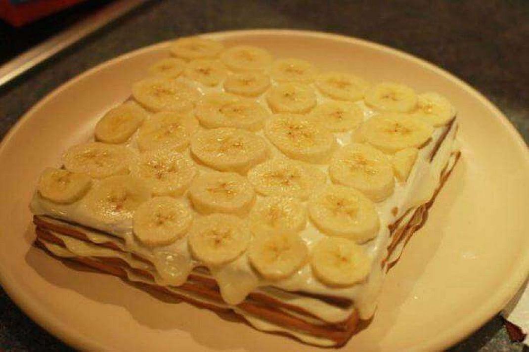 Nuostabus, nekeptas bananinis tortas. Užtruksite vos 15 minučių!