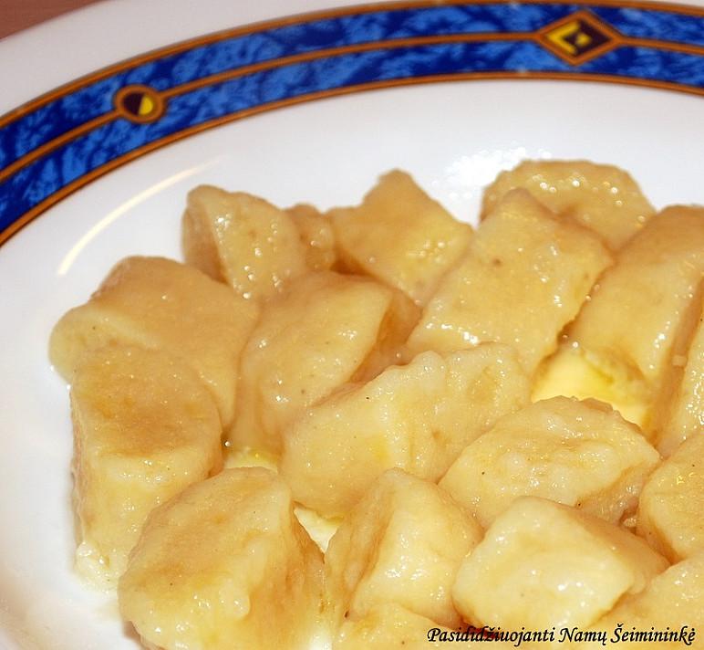 Virtų bulvių piršteliai - ingredientų ir darbo labai mažai, o rezultatas stulbinantis!