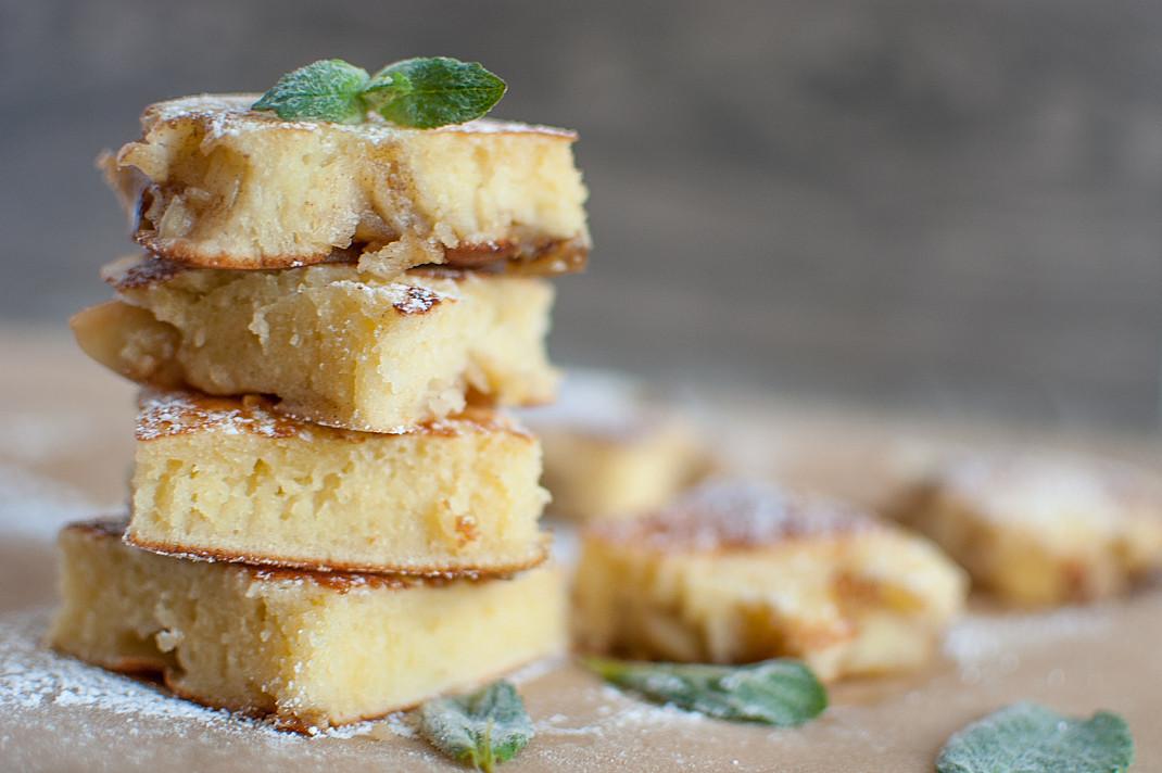 Pyragas be orkaitės su obuoliais - nustebsite kaip tobulai pavyksta!