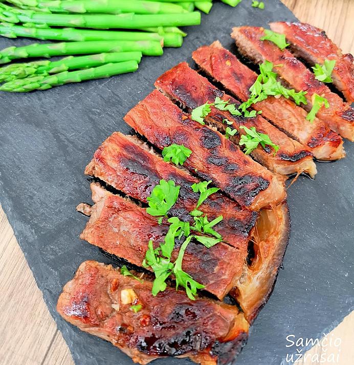 Brandintos jautienos steikas su kavos aromatu - pavyks geriau nei restorane!