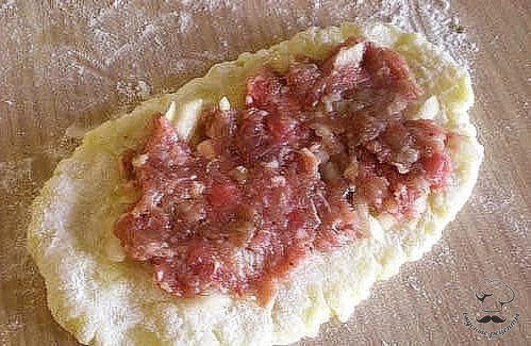 Bulvių suktinukai su mėsa - baigia užkariauti visų bulvių mėgėjų širdis!