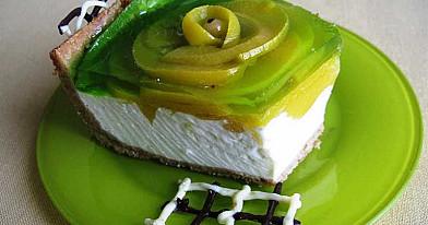 Maskarponės tortas su persikais ir mangais - privers apsilaižyti pirštus!