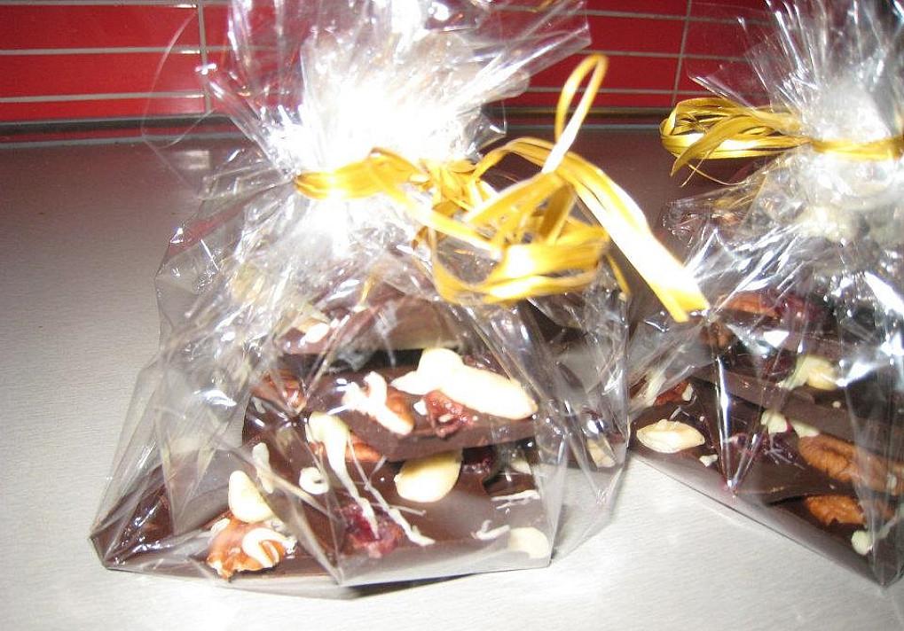 Naminis šokoladas su riešutais ir džiovintais vaisiais pagal Beatą, skanesnio nevalgiau!