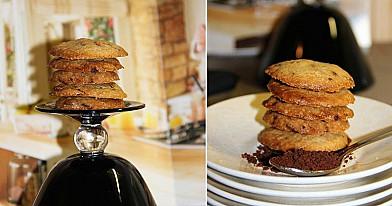 Sausainiai su kava ir šokolado gabalėliais