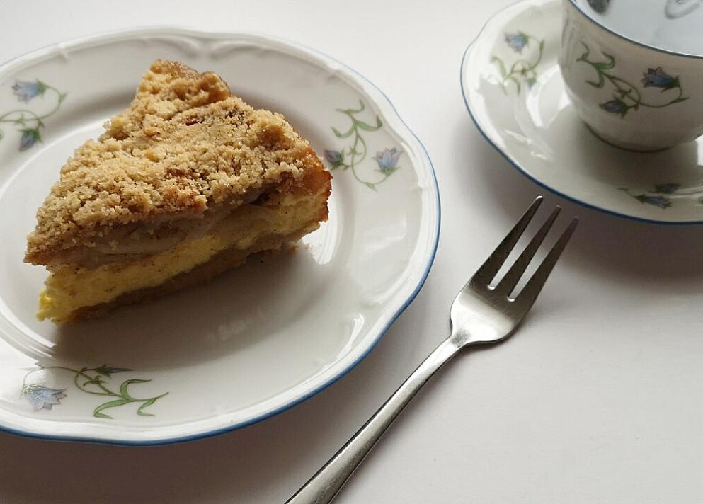 Skaniau nebūna: Trupininis obuolių ir varškės pyragas pagal Beatą