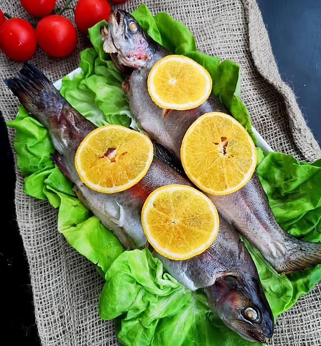 Upėtakiai su apelsinais - arba kaip skaniai ir greitai paruošti žuvį vakarienei!