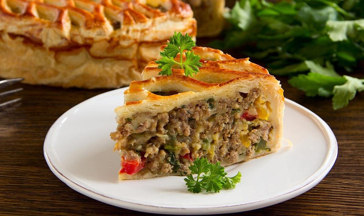 Mėsos pyragas: turbūt sočiausias ir gardžiausias visame pasaulyje