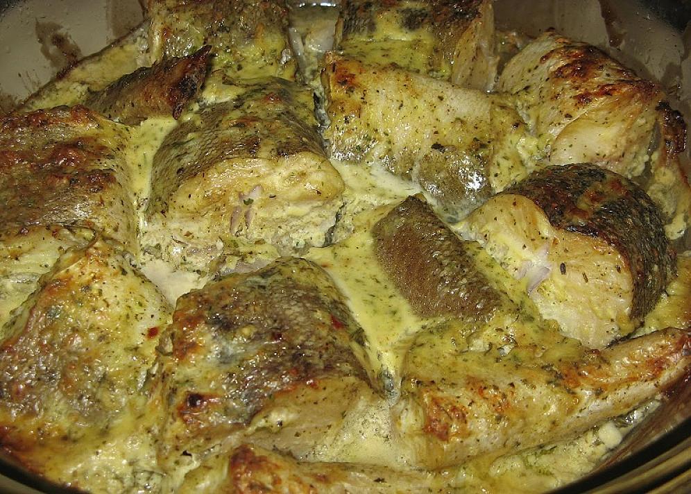 Морская щука (хек) запеченниый (или тушониый) в духовке – нашов етот рецепт, других болше ненадо!