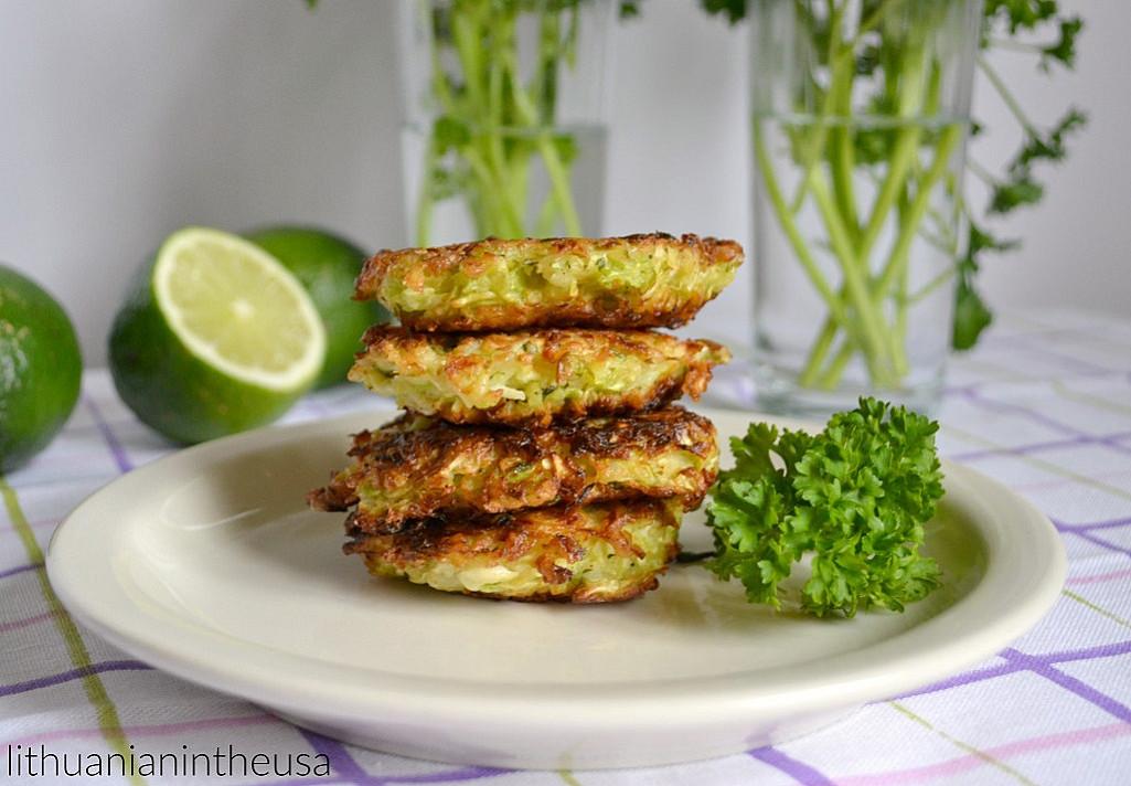 Быстрые вегетарианские блинчики из копусты – для тех, кто считает калории и не только!