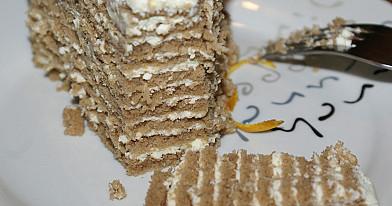 Торт «месяц». получается мягким и просто тает во рту!