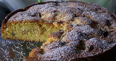Пирог из ревеня и заварного крема. подойдёт и замороженный ревень!