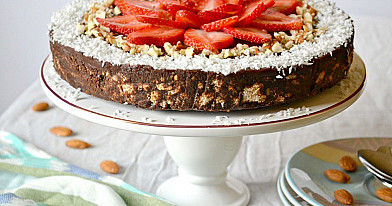 Очень вкусный шоколадный торт тингинис (ленивец)