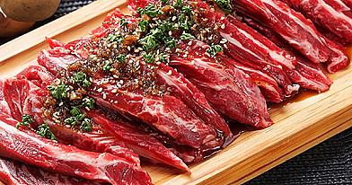 Štai kaip reikia ruošti bet kokią mėsą: įdėk slaptą ingredientą minkštumui!
