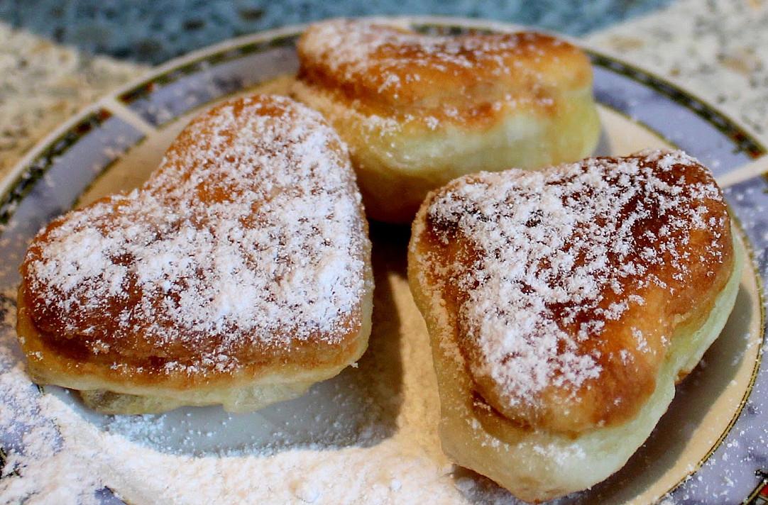 Paprastučiai, purūs pyragėliai prie arbatos ar kavos