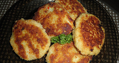 Žuvies romšteksai arba labai skanūs žuvies kotletai su daržovėmis!