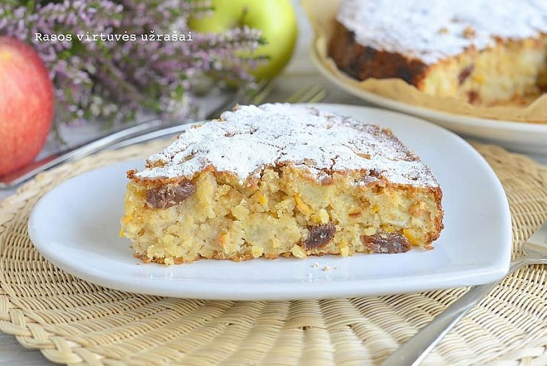Простой пирог с овсяными хлопьями и яблоками – на удивление отличный вкус!