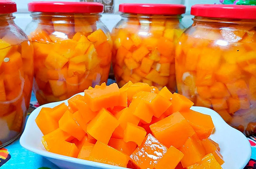 Ir 20 stiklainių bus mažai! Gaminame sultingą mango iš moliūgo žiemai
