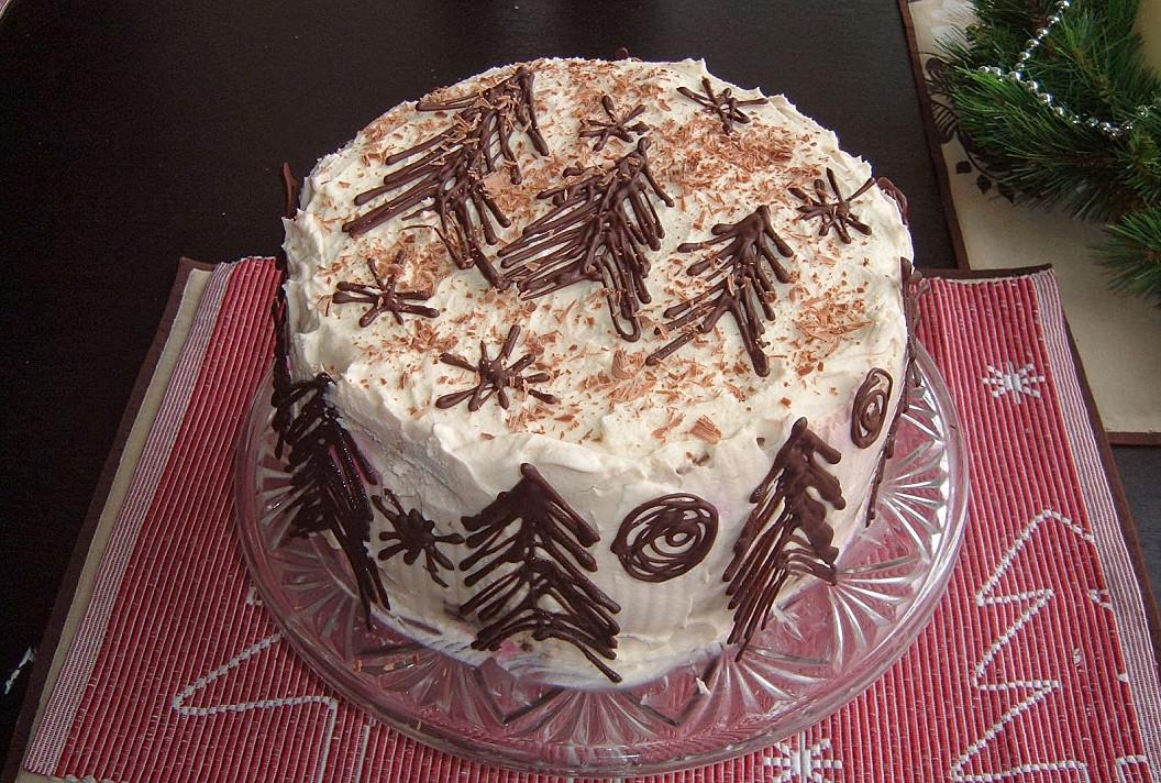 Dieviško skonio Kalėdinis šokoladinis tortas su vyšniomis