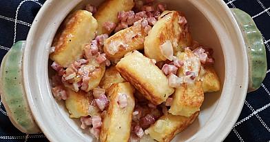 Mano tobuliausieji bulviniai švilpikai arba šiuškės su spirgučių padažu