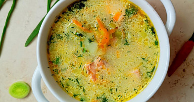 Soup with Leeks and Salmon