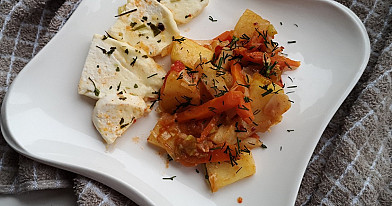 Skaniausias vegetariškas daržovių troškinys su varškės sūriu