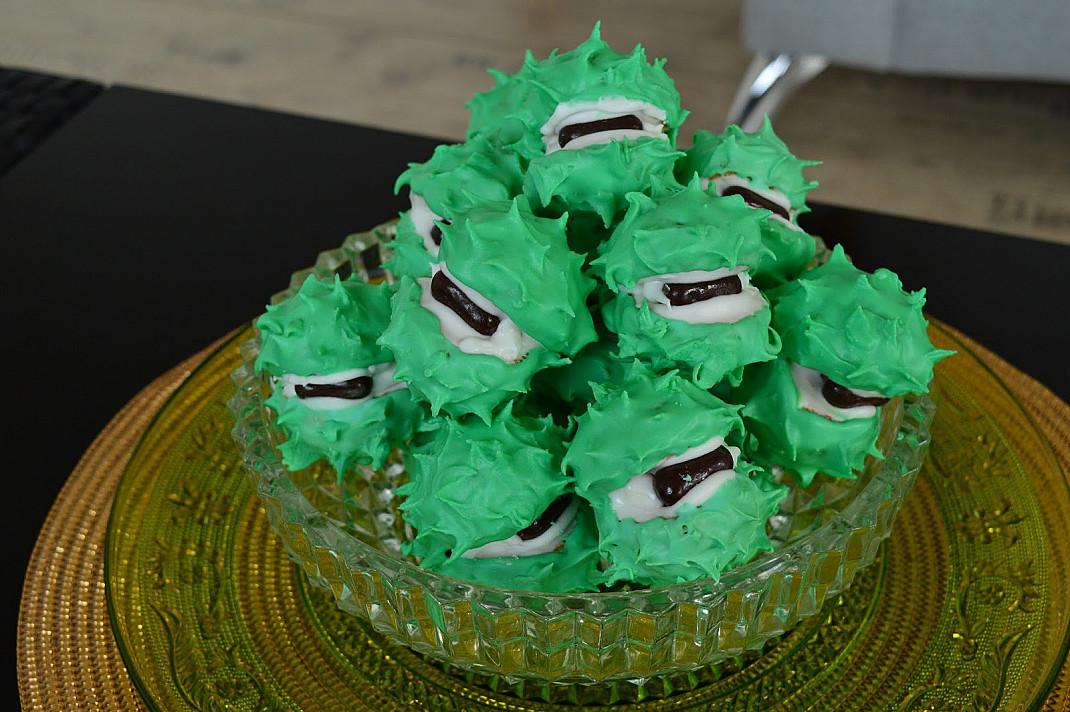 Cukriniai sausainiai kaštonai su glazūra - nuo A iki Z!