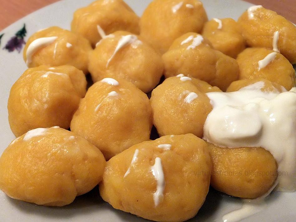 Moliūgo ir bulvių virtinukai - beveik gnocchi, tik labiau lietuviški!