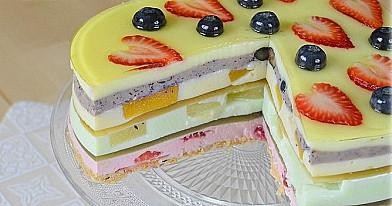 Tort z żele i twarogu razem z owocami | Przepis