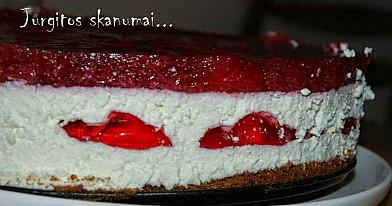 Braškinis varškės tortas