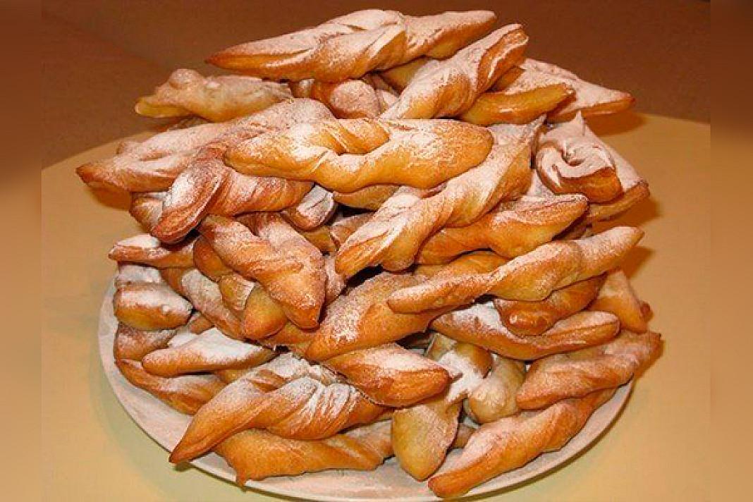 """Receptas iš mano bobutės """"virėjo knygos"""": saldūs kefyriniai žagarėliai"""