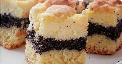 Trupininis aguonų ir varškės pyragas