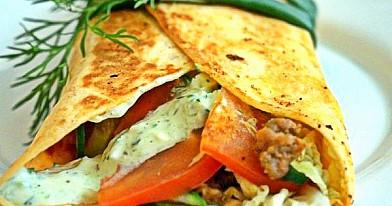 """Jurgos kebabai arba skaniausisa naminis """"kebabas"""" su smulkinta vištiena"""