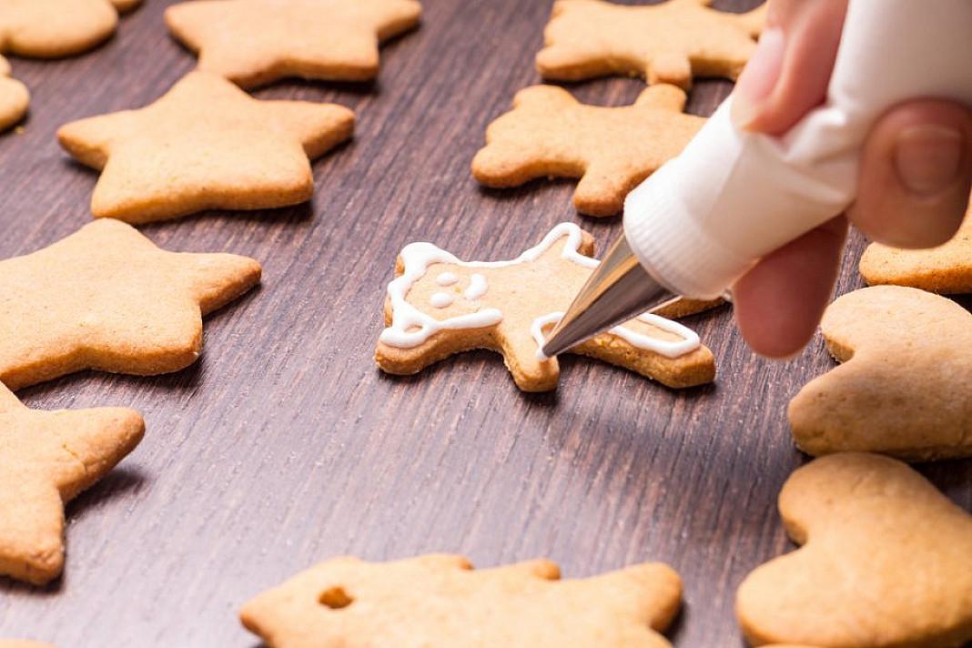 Cukraus glajus sausainiams ir kepiniams - keksams, meduoliams puošti